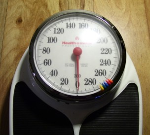Science Notebook Measuring Weight - Digital vs analog bathroom scale